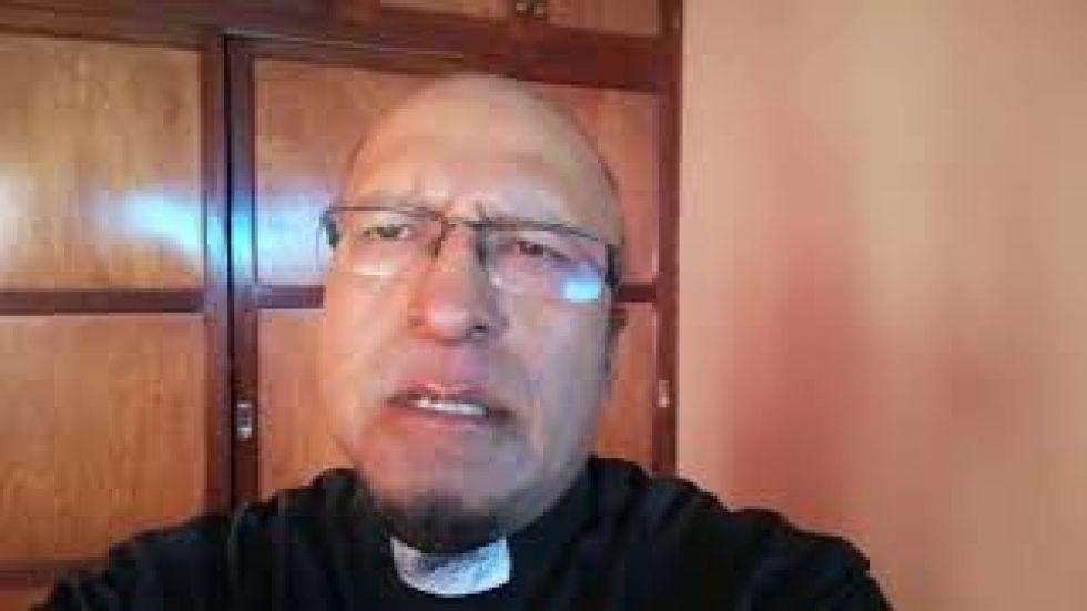 El padre Miguel albino comparte la oración para martes