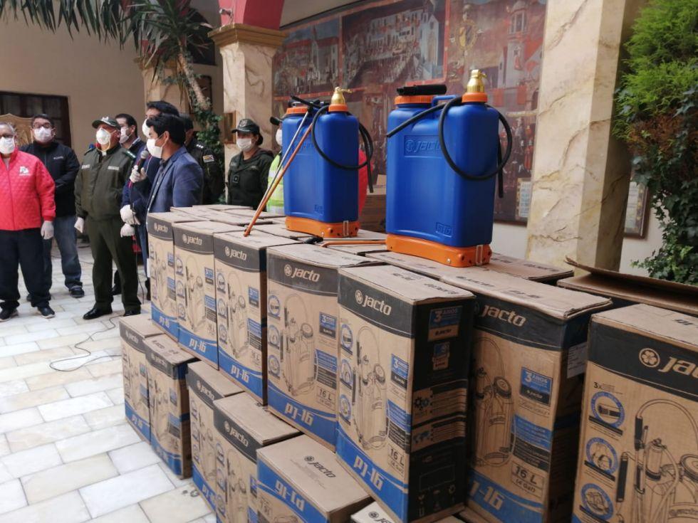 Nacional Potosí entrega aporte para luchar contra el coronavirus