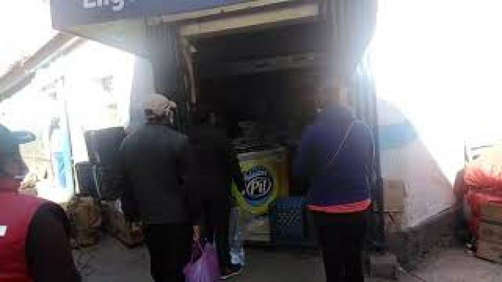 El Mercado Uyuni tiene comercios abiertos