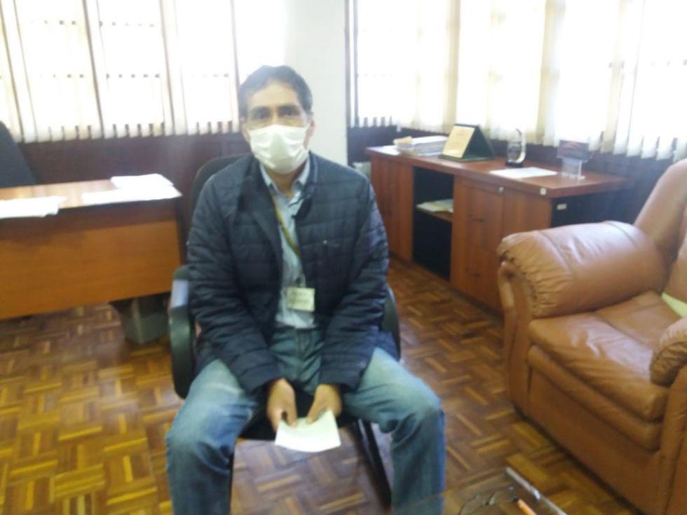 El gerente regional del Banco Unión en Potosí, Marcel Iriarte Calizaya.