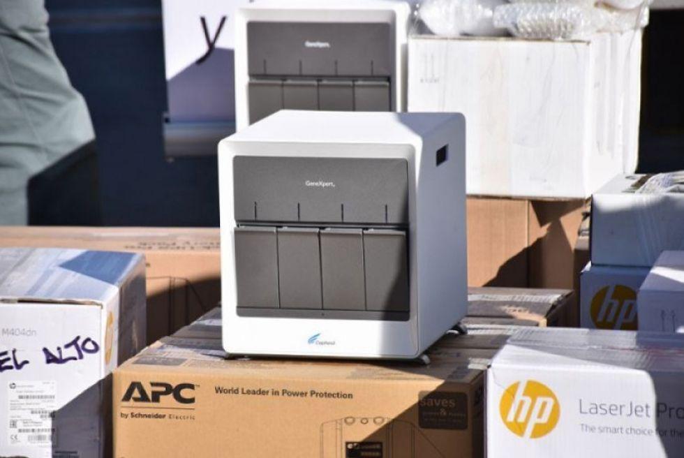 Los equipos de última generación procesan cuatro muestras en dos horas.
