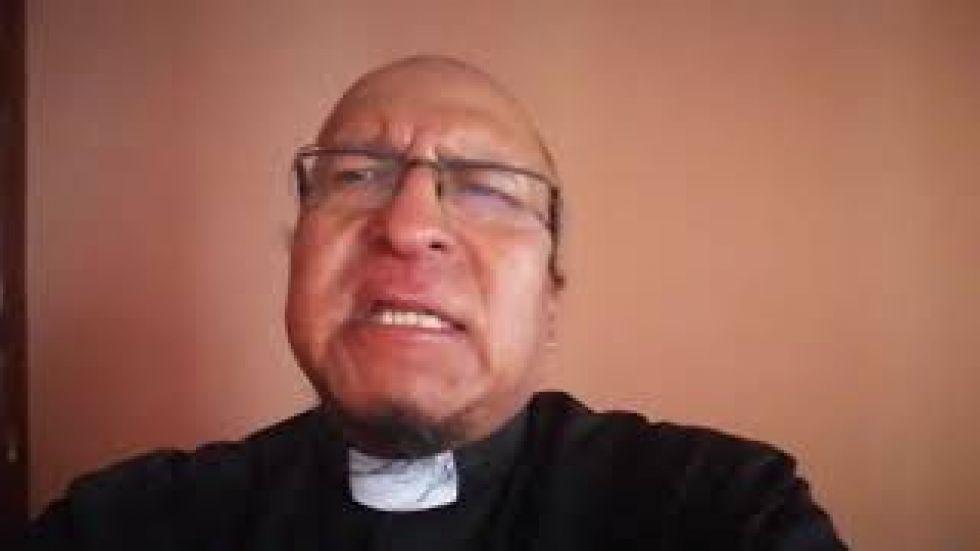 El padre Miguel Albino comparte su oración para este martes