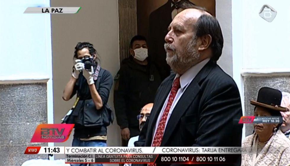 Vea la posesión del nuevo ministro de Salud, Marcelo Navajas