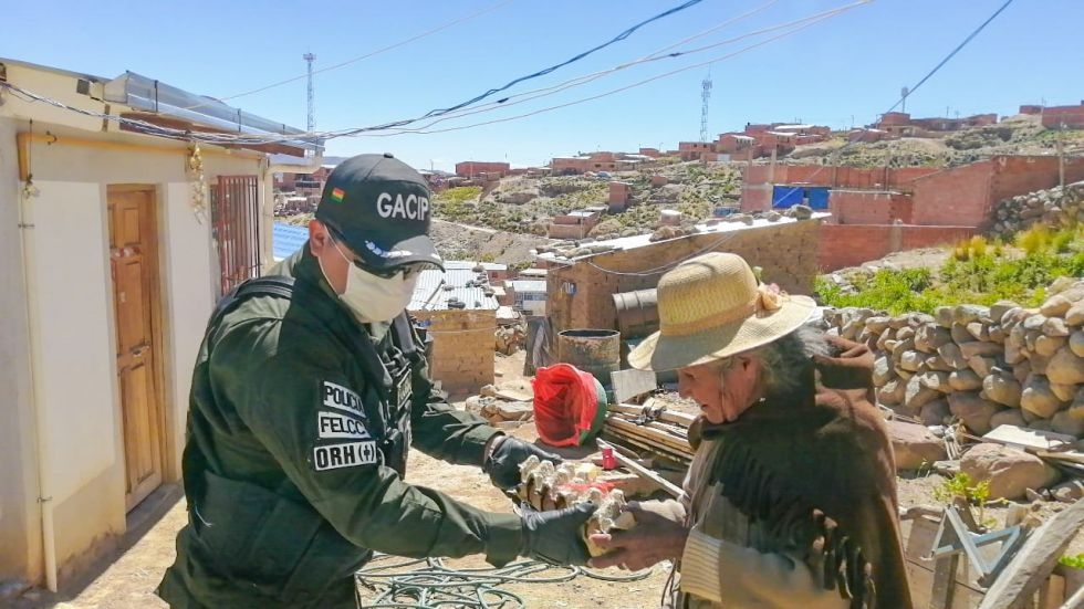 Llegaron hasta la zona de Villa Victoria y encontraron a familias con varias necesidades.