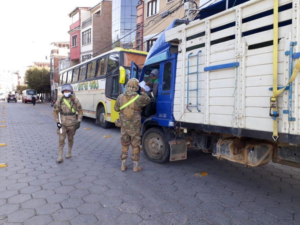 Los controles son intensivos en las calles a peatones y conductores.