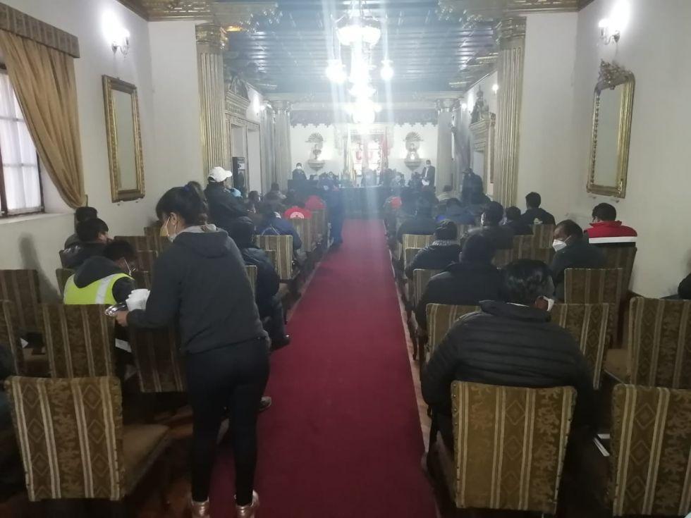 La reunión del COED sobre el COVID-19 prosigue