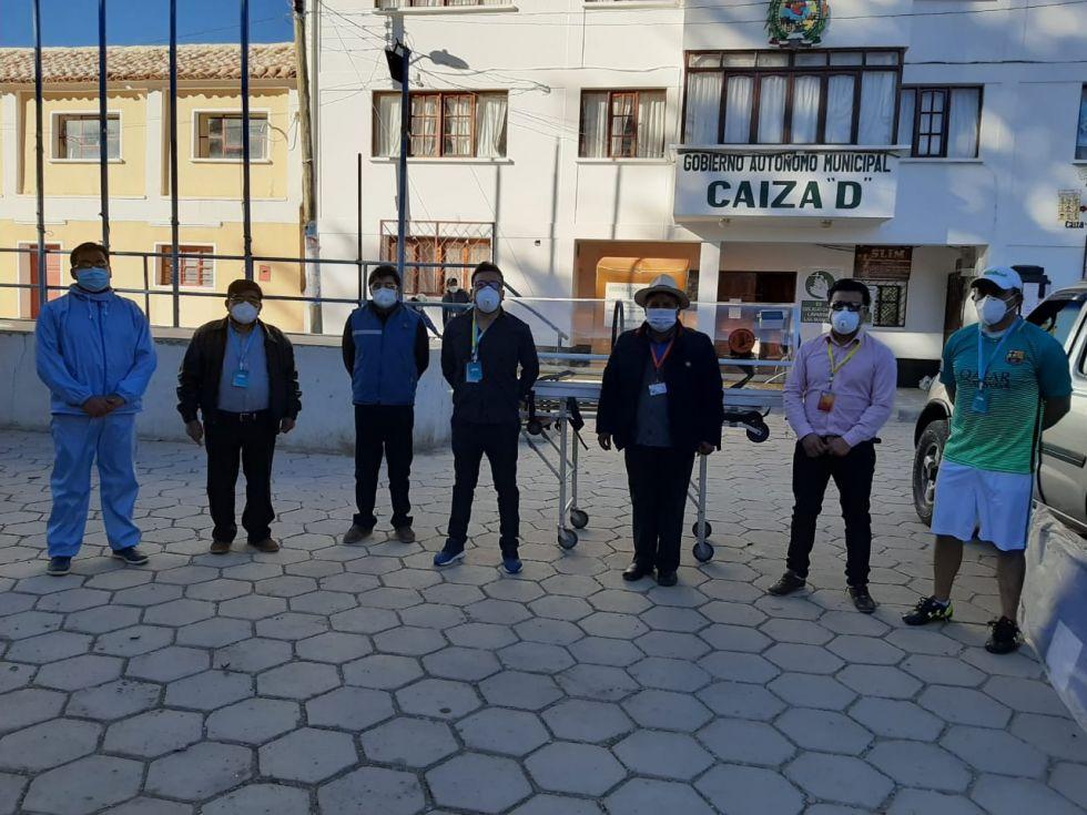 La familia Arispe Ponce llevó ayuda al municipio de Caiza D
