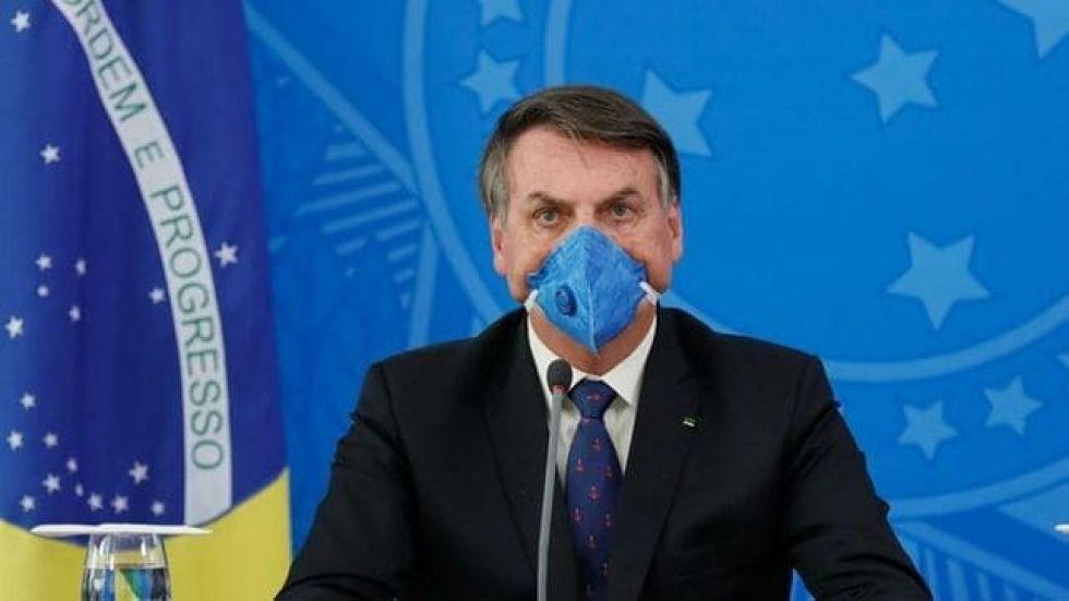 Bolsonaro da positivo por coronavirus y se trata con cloroquina