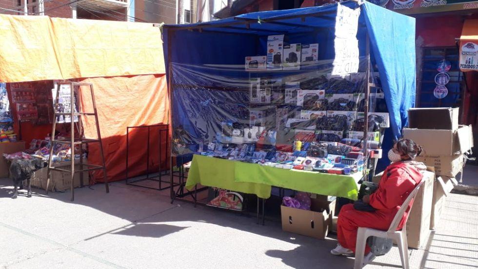 Así atiende la feria popular en Potosí