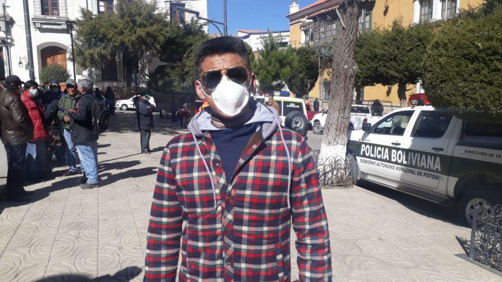 Estudiantes en Potosí critican la medida de cero aplazos del ministerio