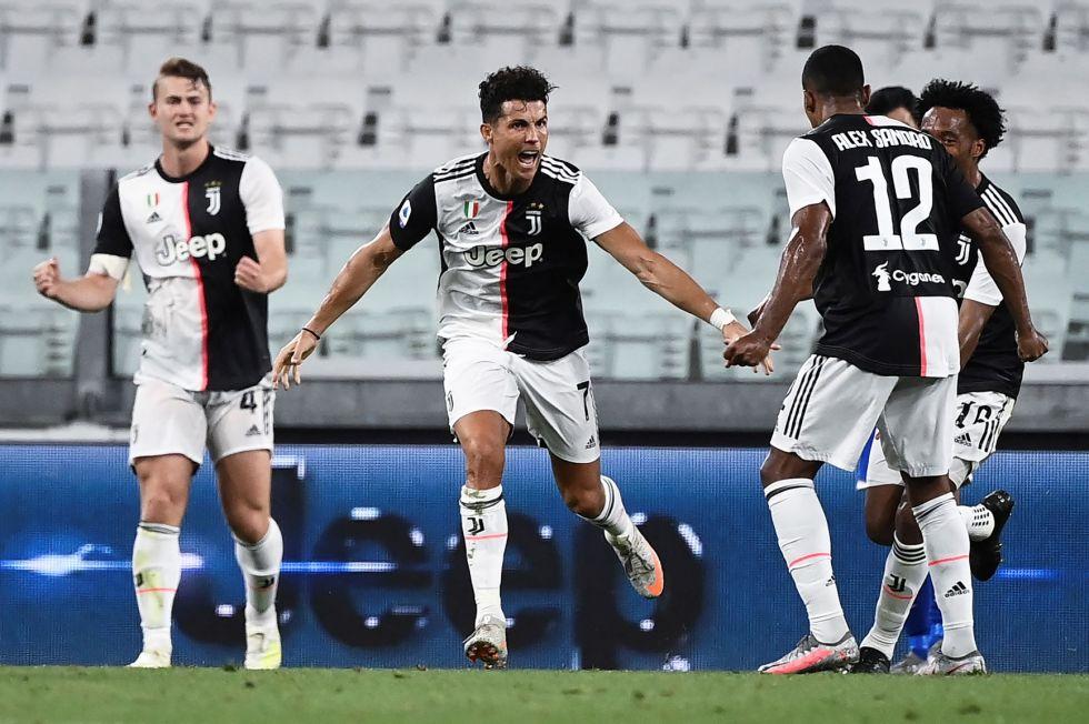 Cristiano Ronaldo, de Juventus, celebra su gol.