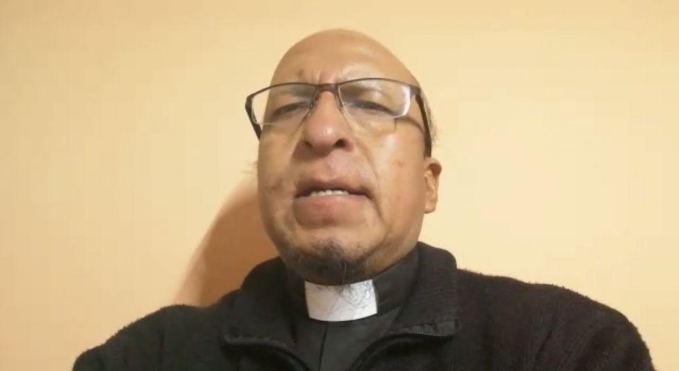 El padre Miguel Albino comparte su oración de martes