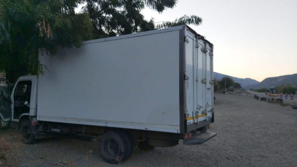 El camión retenido en Betanzos.