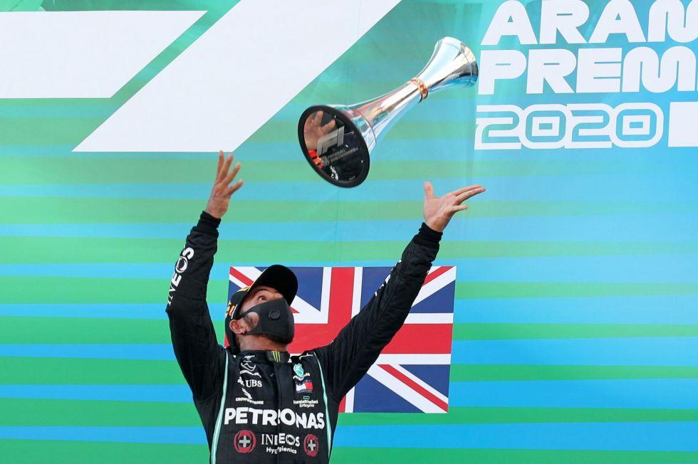 Hamilton y Mercedes se reencuentran con la victoria en Montmeló