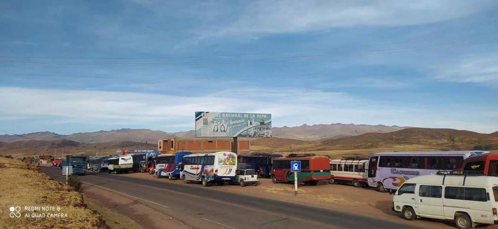 Están en vigilia en la vía Potosí Sucre