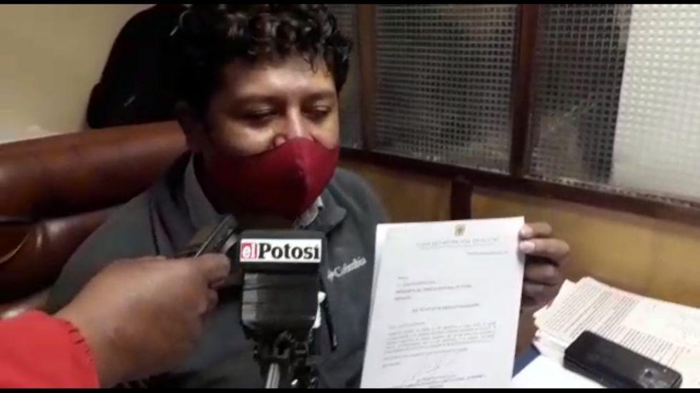 Carlos Carmona firmó informe sobre bono estudiantil