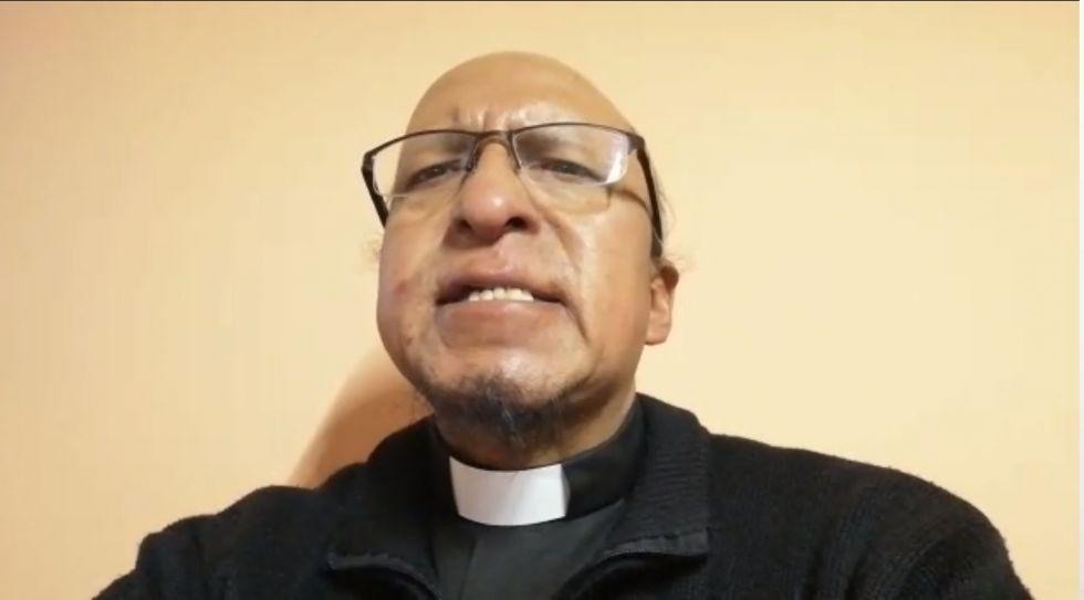 El padre Miguel Albino habla del sufrimiento de Jesús