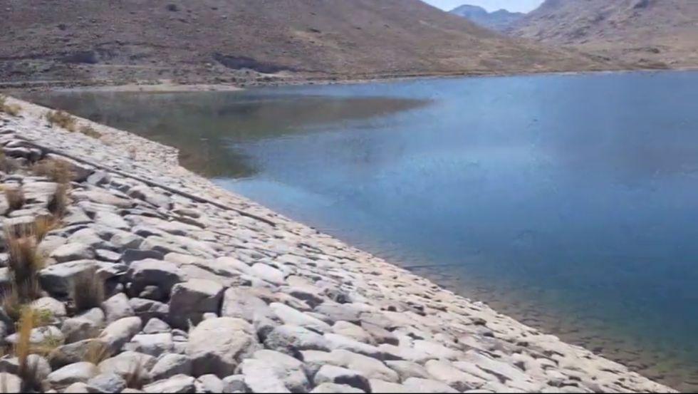 ¿Hasta cuándo se garantiza el suministro de agua potable de las lagunas de Potosí?