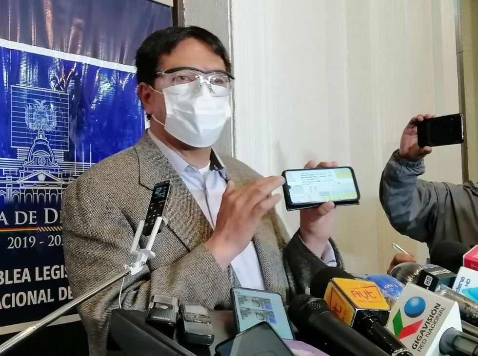 """Gonzalo Barrientos le dice a Camacho """"padrino"""" del tercer senador del MAS en Potosí"""