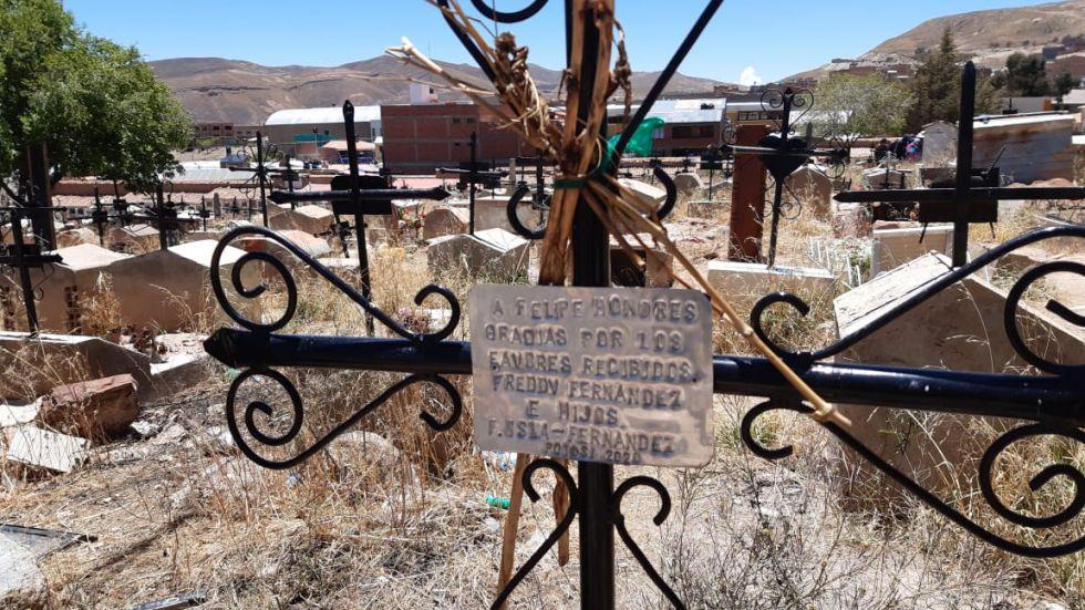 ¿Sabe qué famosos están enterrados en el cementerio potosino?