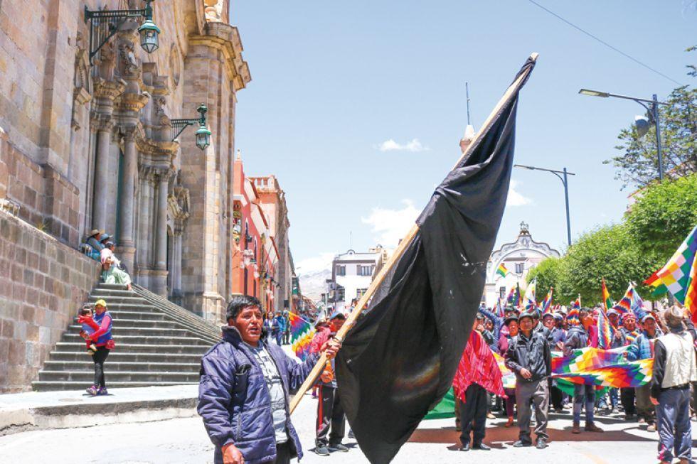Los habitantes del área rural ingresaron a la capital y se expresaron libremente.