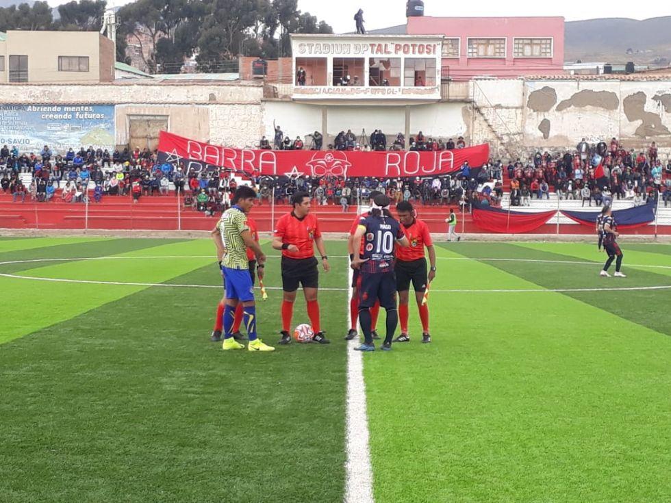 El partido de la Copa Simón Bolívar se jugó en el Estadio Potosí.