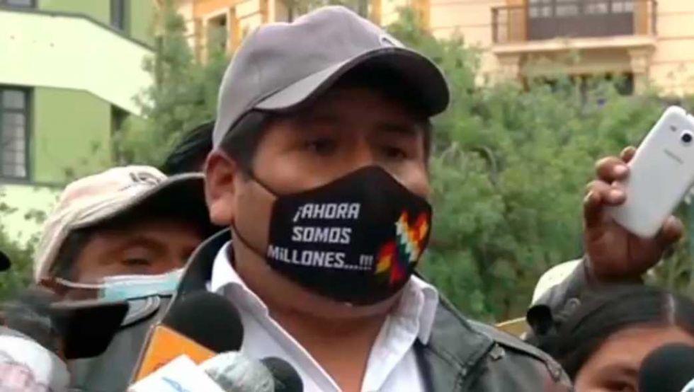 """Faustino Yucra reaparece da plazo para aprehender a """"golpistas"""""""