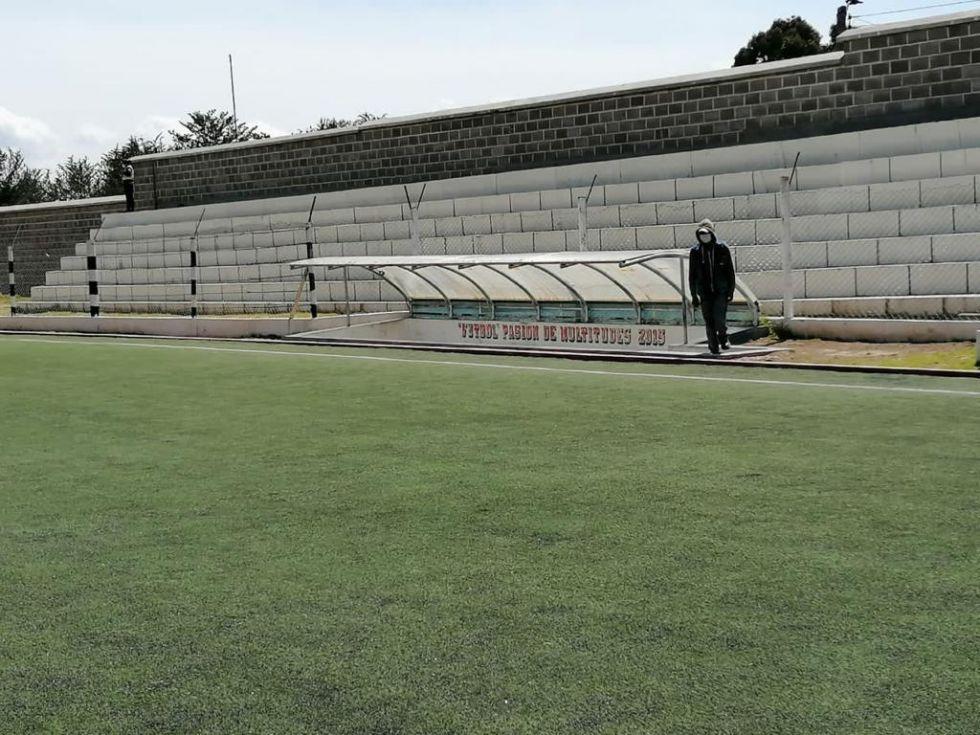 Habilitan oficialmente al estadio Serafín Ferreira en Llallagua