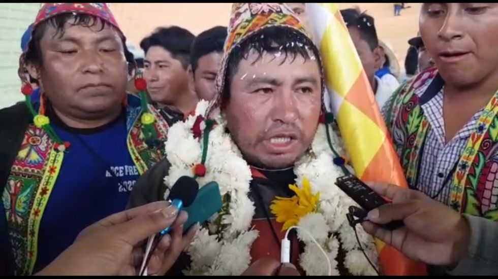 Un tinku toma el mando de la confederación de campesinos de Bolivia