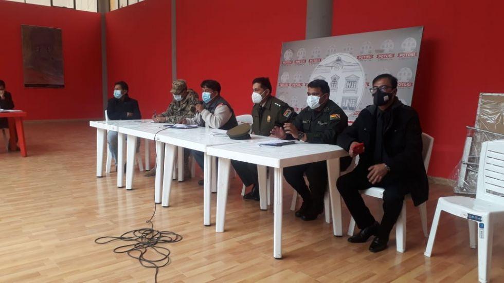 COEM determina el uso obligatorio del barbijo en Potosí y reanudar actividades nocturnas
