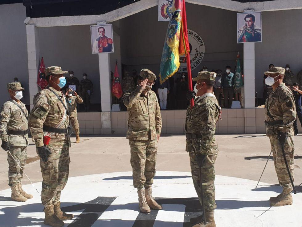 Esta actividad contó con la participación de las unidades militares potosinas. FOTO: RI3