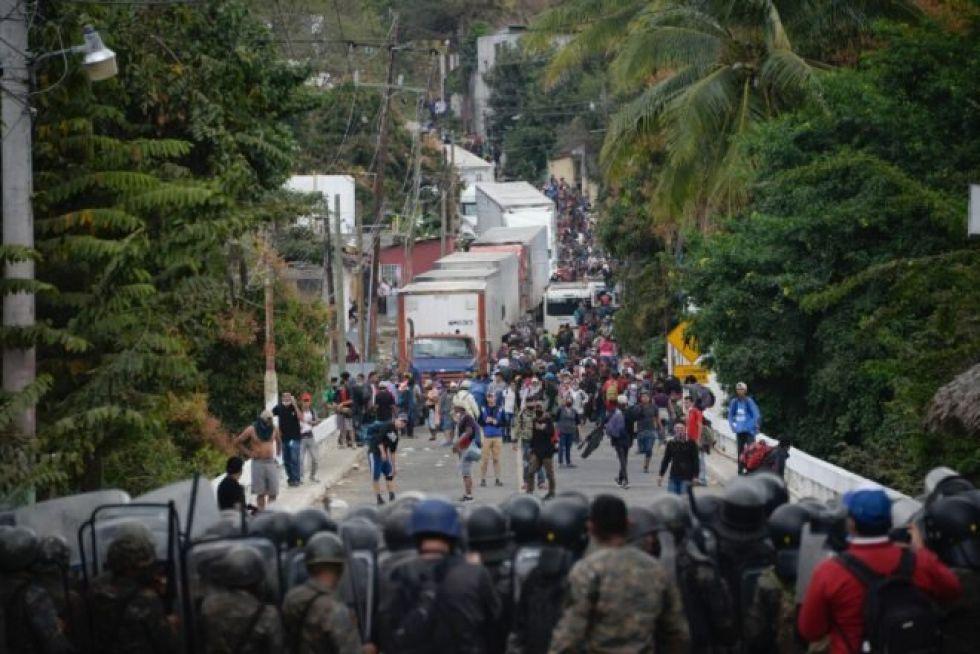 EEUU, México y Guatemala cierran puertas a caravanas migrantes por pandemia