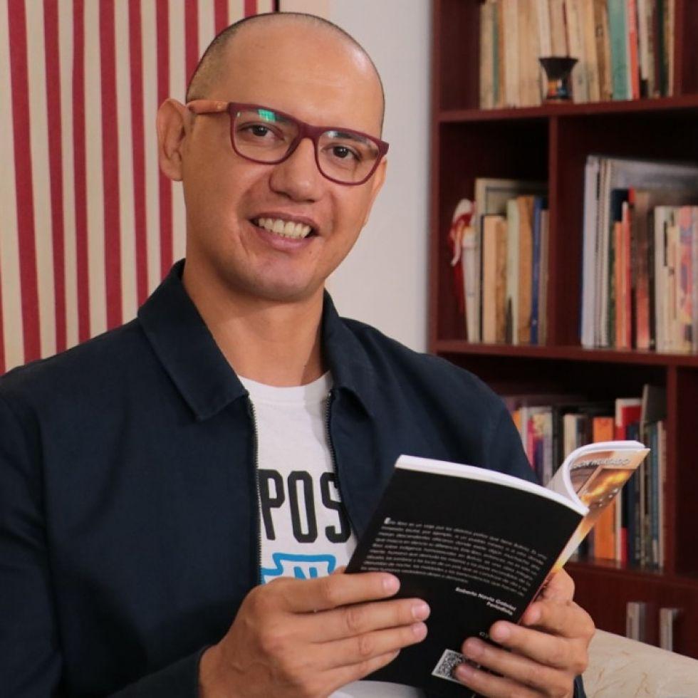 Edson Hurtado Morón, Director del Centro de la Cultura Plurinacional FOTO FCBCB