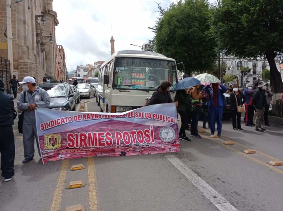 Bloquearon el centro de la ciudad de Potosí
