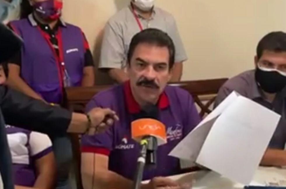 Manfred Reyes Villa anuncia recurso de revisión extraordinaria que acredite pago de deuda