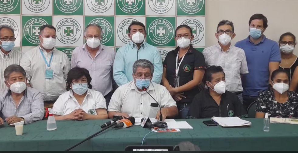 Médicos del país deciden extender 15 días más el paro