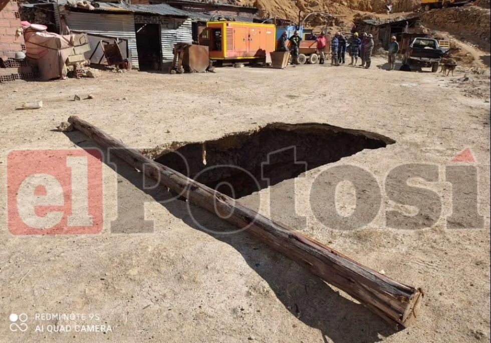 Aparentemente, el boquete se abrió por la actividad minera que se realizó desde hace cientos de años