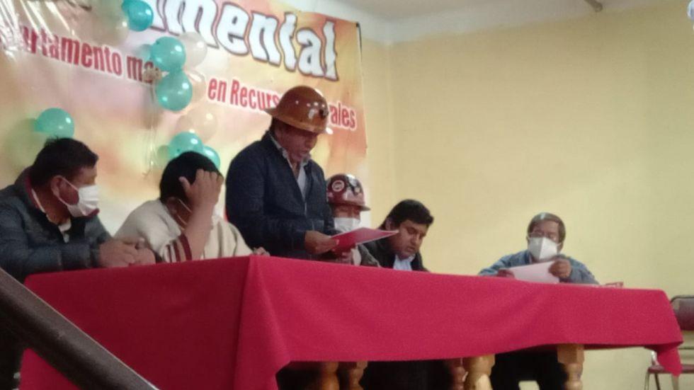 El gobernador de Potosí está en la COD.