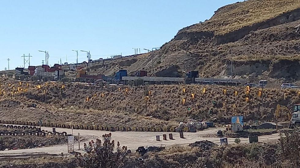 EMAP suspende recojo de basura por bloqueo del transporte pesado