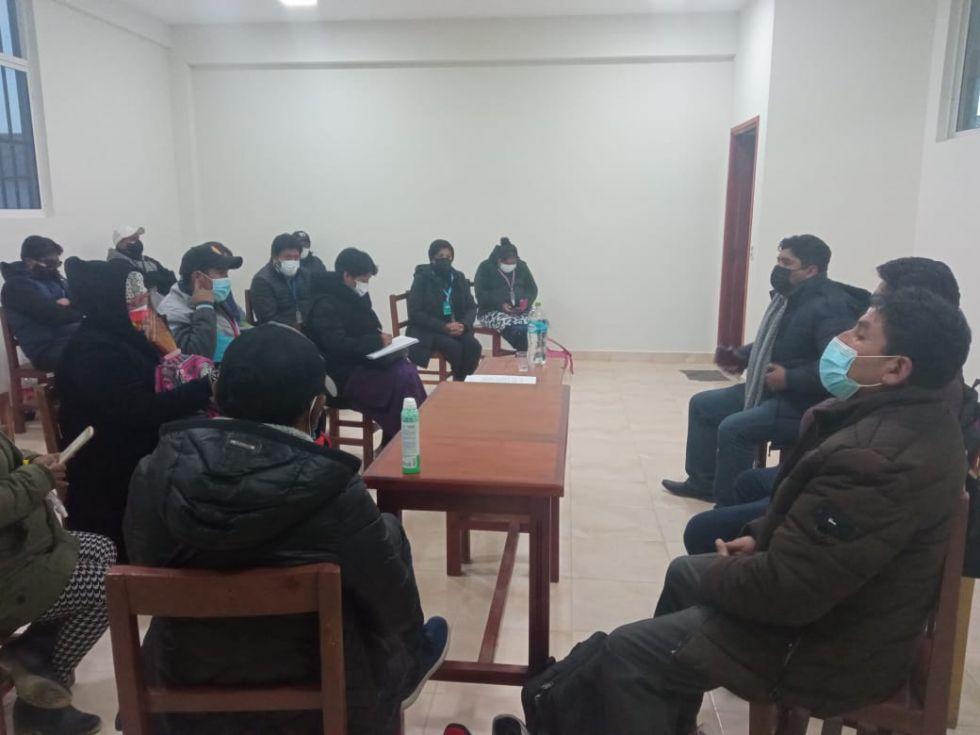 Tras la reunión se logró un acuerdo para levantar el bloqueo. FOTO: DDE