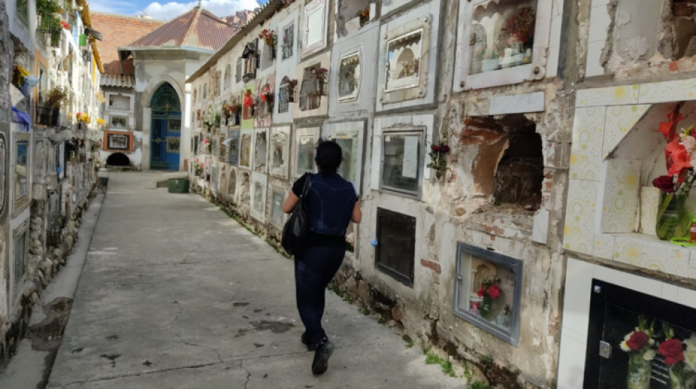"""Por el coronavirus,  capacidad de cremaciones fue """"rebasada"""" en el Cementerio General de La Paz"""