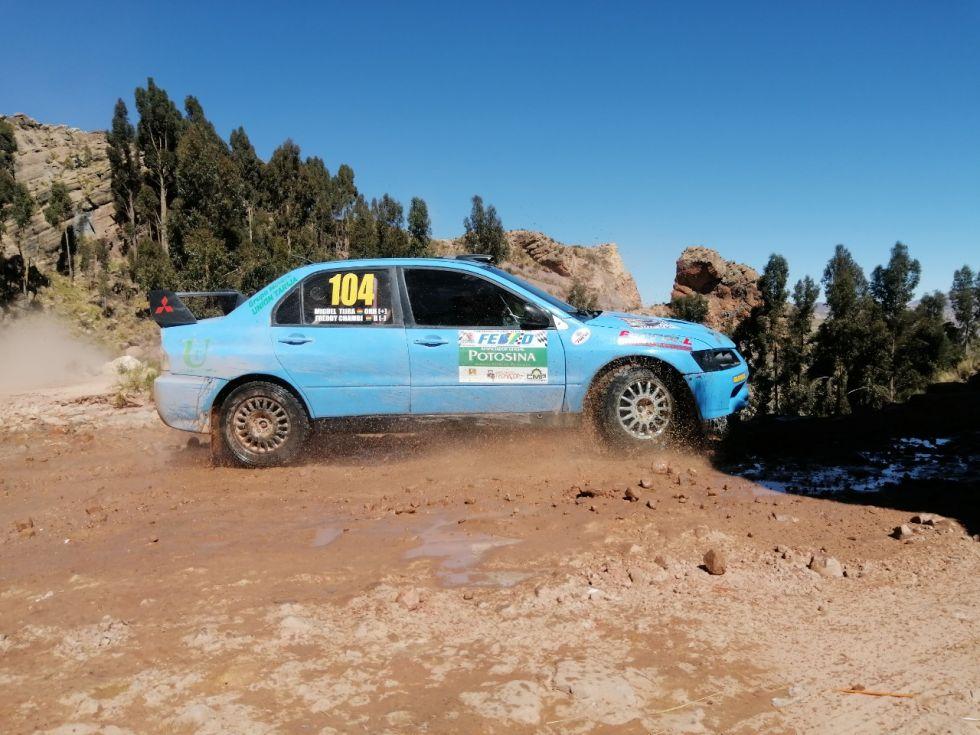 Los potosinos se adueñaron del podio en tres categorías
