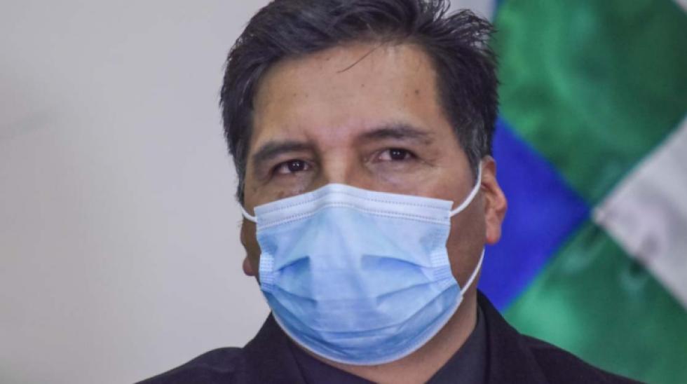 """Fiscalía admite denuncia penal contra ministro Quelca por caso """"tráfico de cargos"""""""