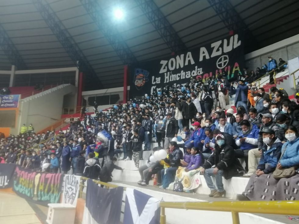 El partido semifinal de la Liga Boliviana de Básquet se jugó entre los equipos potosinos
