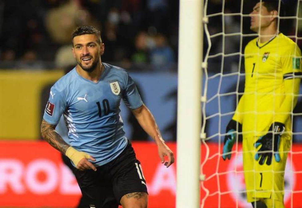 Ni con doblete de Martins se salvó Bolivia de caer en Montevideo ante Uruguay