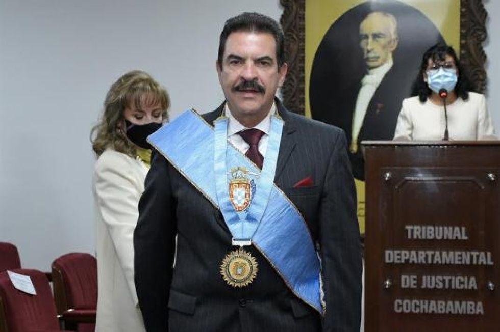 Buscan la destitución de Manfred  Reyes Villa con base en una sentencia del TSJ