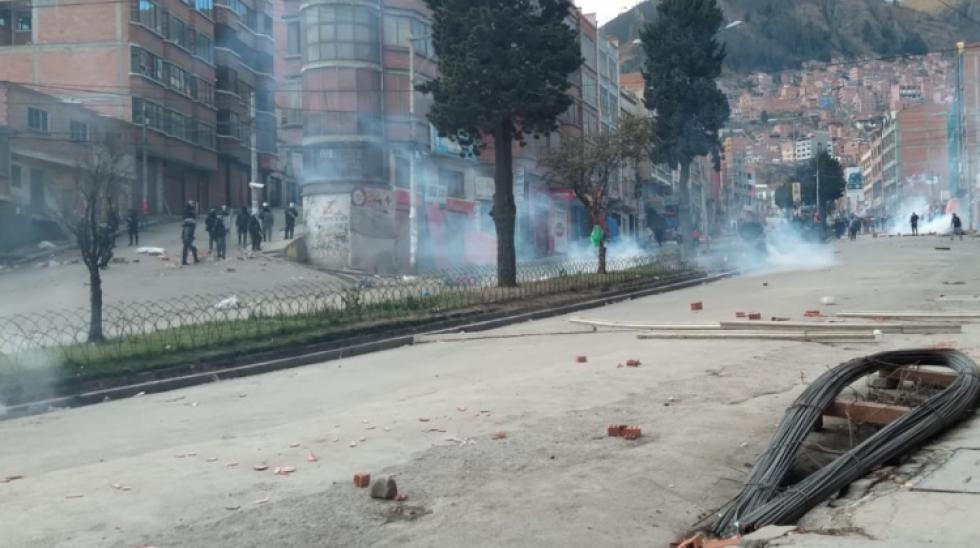 Vecinos de Villa Fátima denuncian que policías lanzaron cachorros de dinamita a sus viviendas