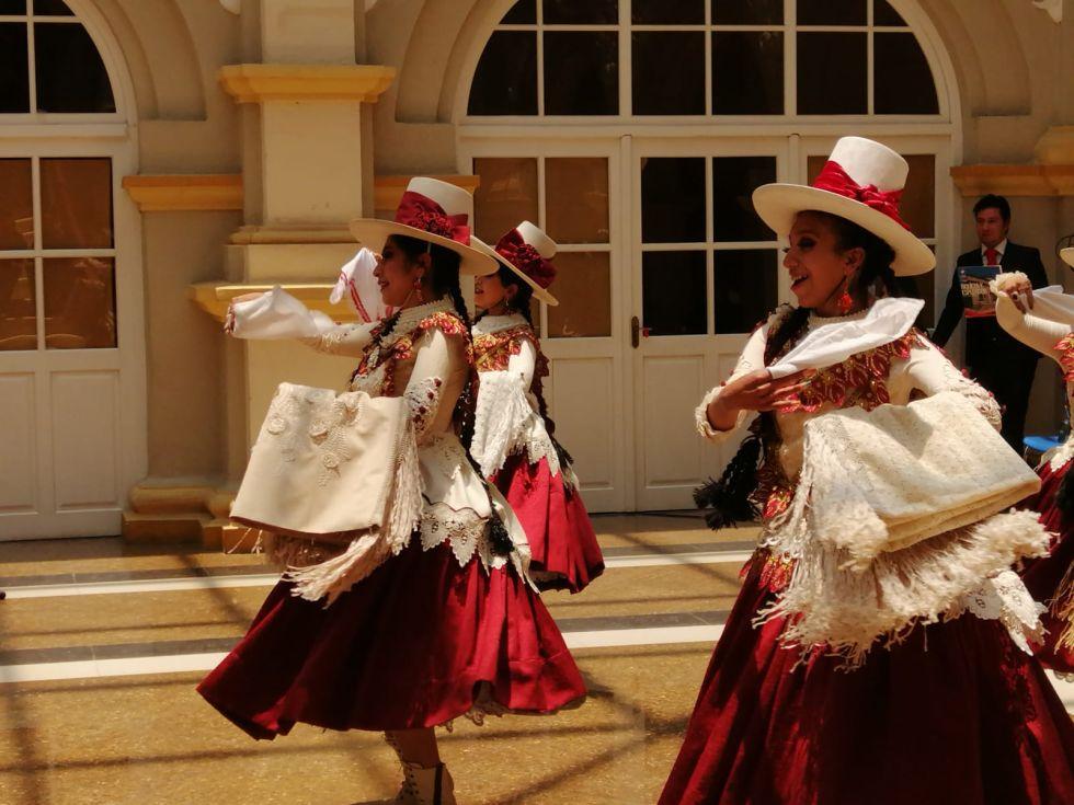 Hoy es el Día de la Cueca Boliviana.