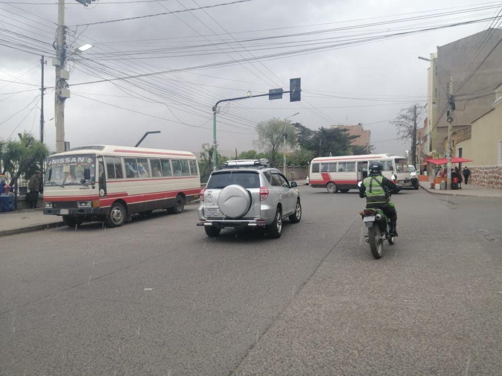 Transporte determina bloqueo de calles desde este miércoles