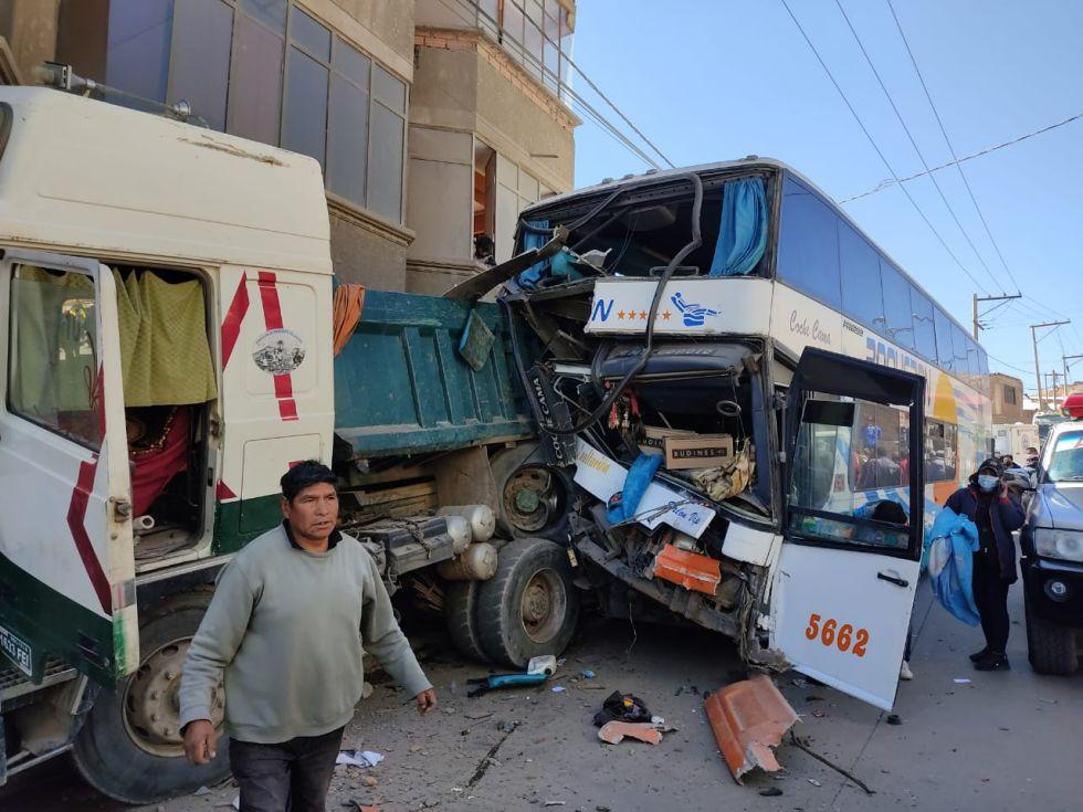 Accidente de tránsito en la avenida El Minero